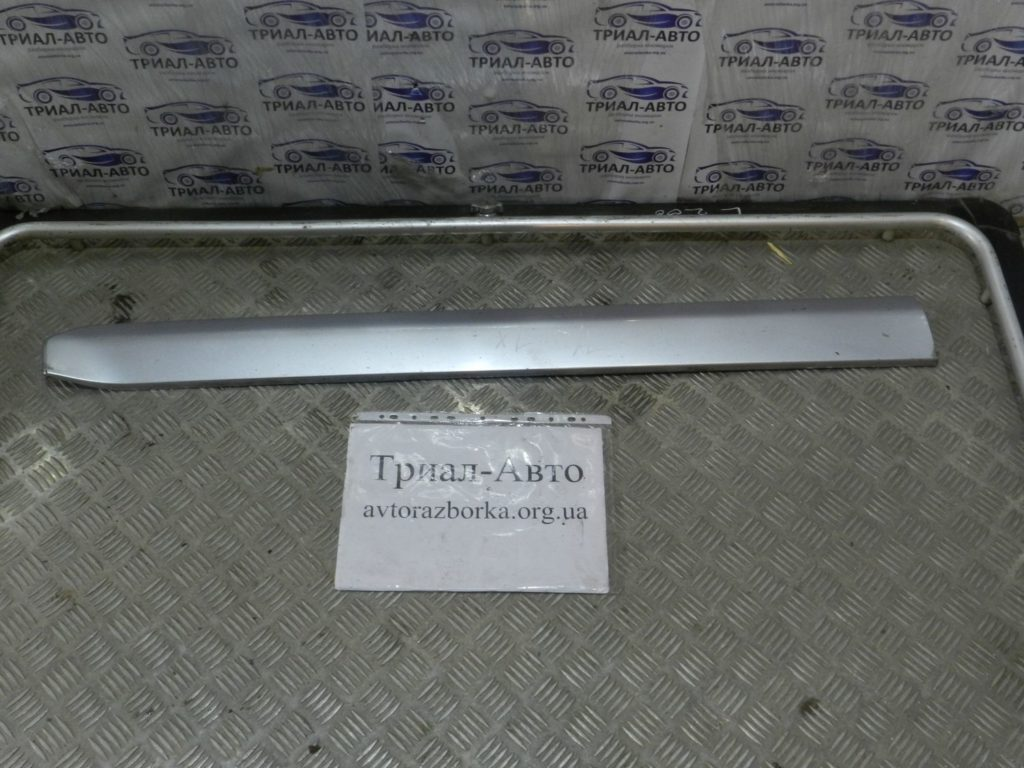 Накладка двери передняя левая OutlanderXL 2006-2012