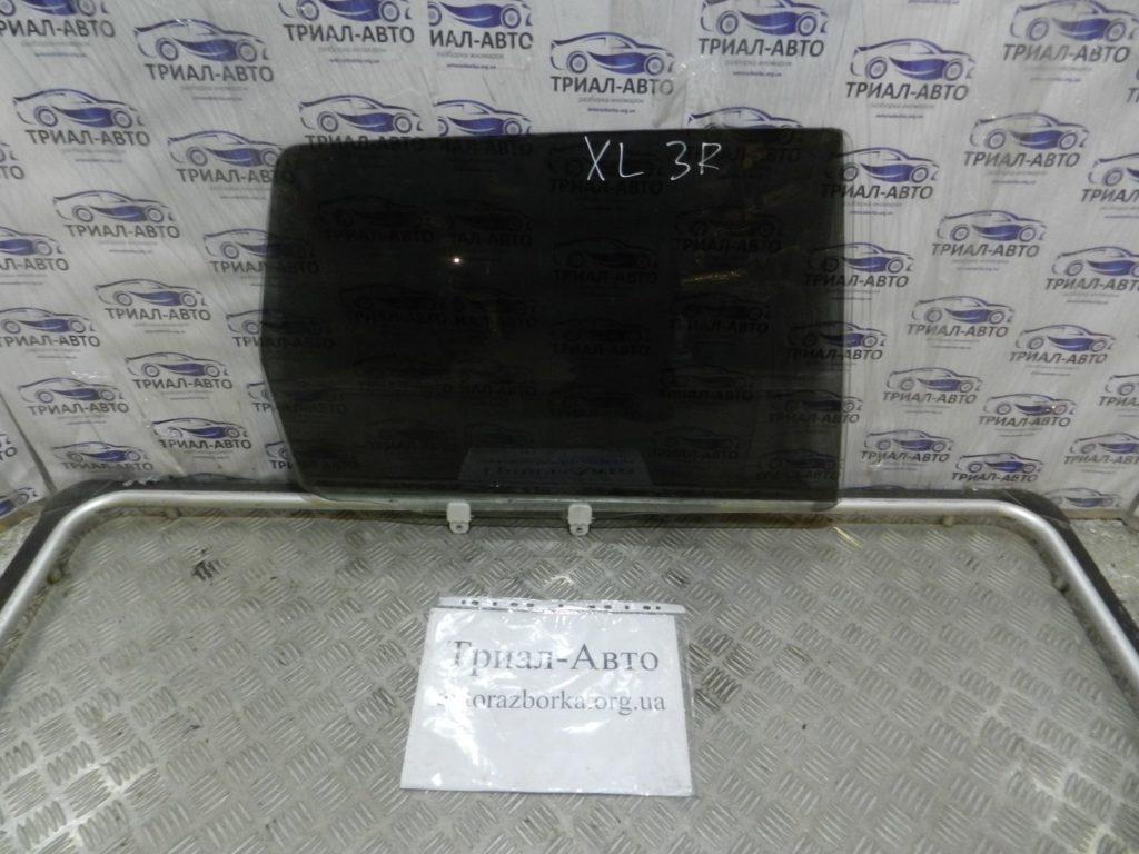 стекло боковое заднее правое  OutlanderXL 2006-2012
