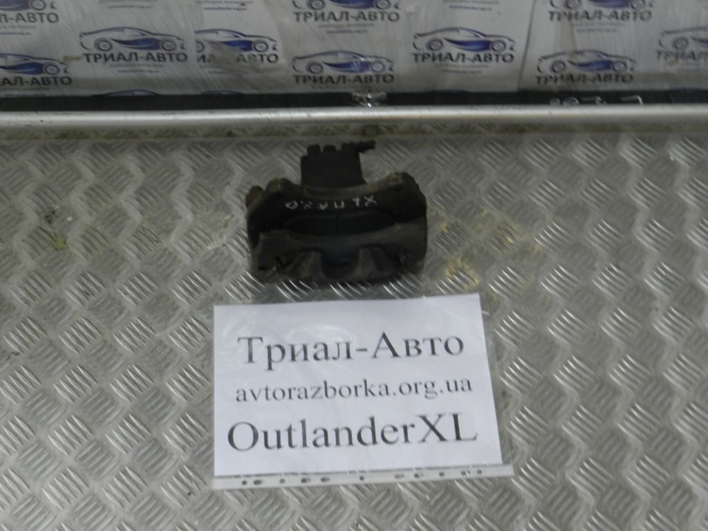 суппорт передний. правый OutlanderXL3.0 2006-2012
