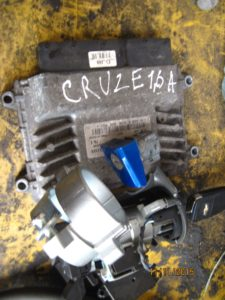 Блок управления двигателем Cruze 2009