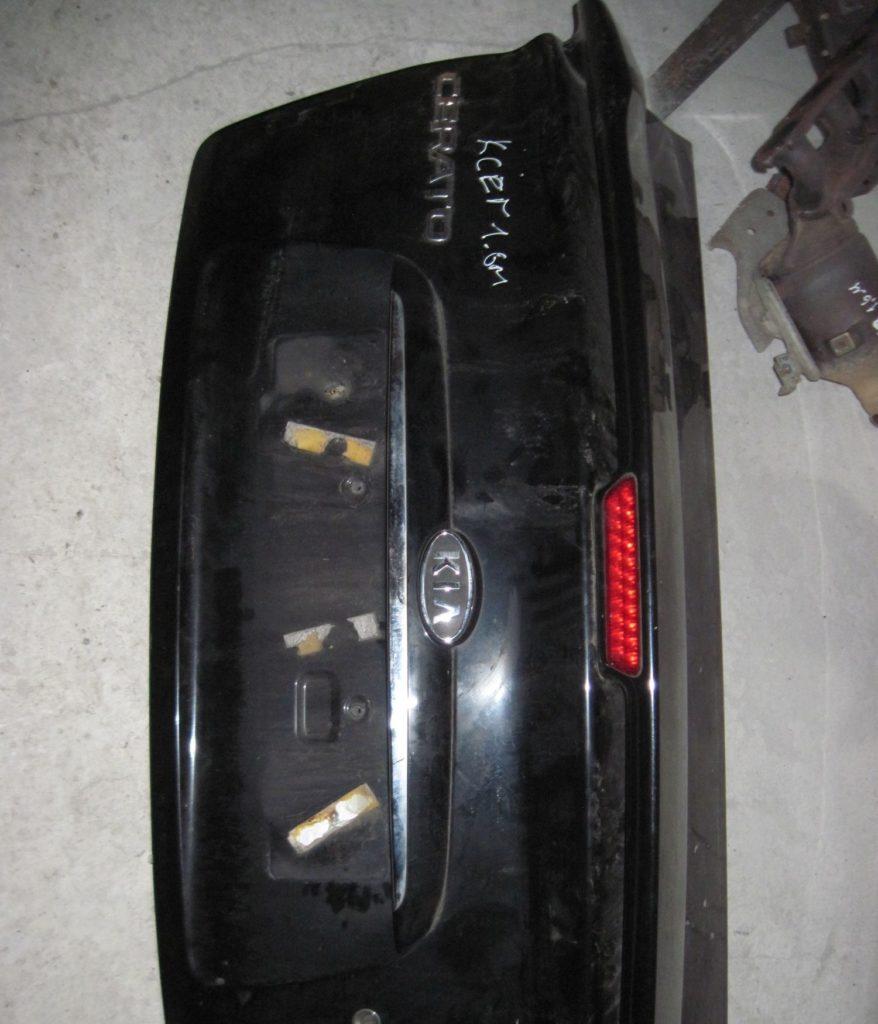 крышка багажника Cerato 2005-2008