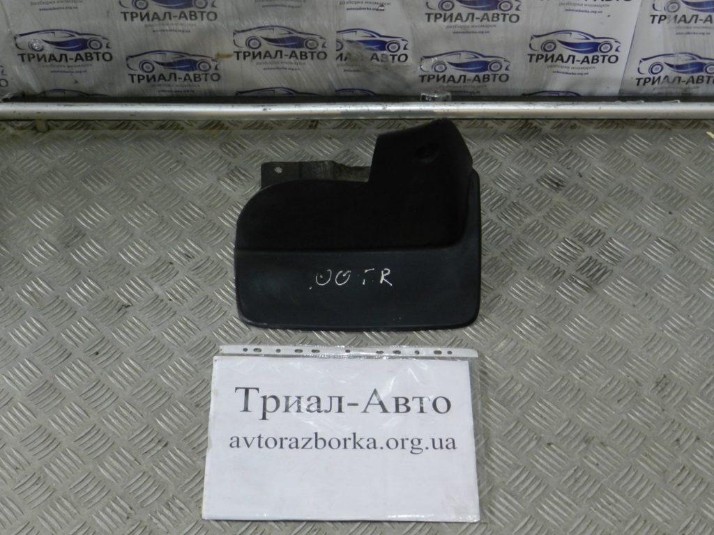 Брызговик передний правый Land Cruiser 100 1998-2006