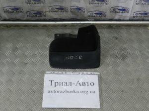 Брызговик задний левый Land Cruiser 100 1998-2006
