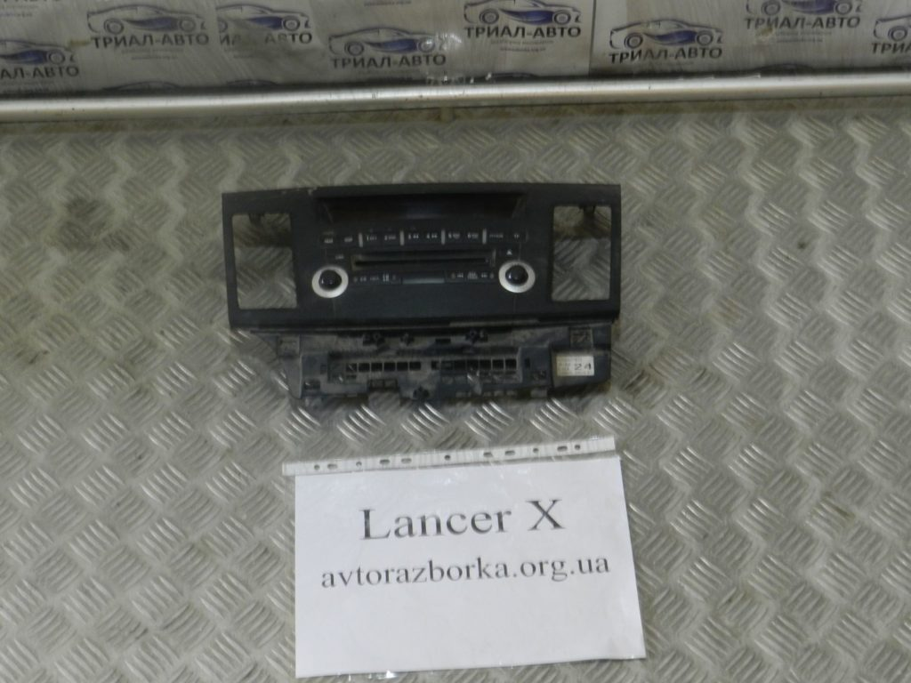 панель магнитофона Lancer 10 2006-2013