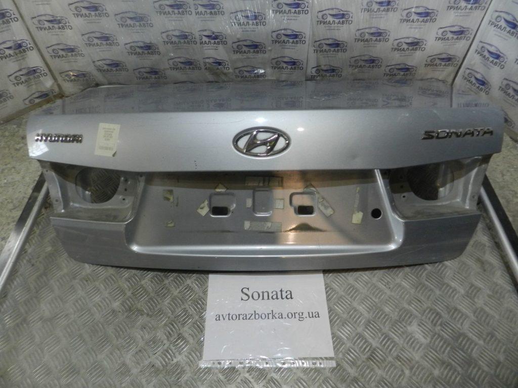 крышка багажника Sonata 2004-2009