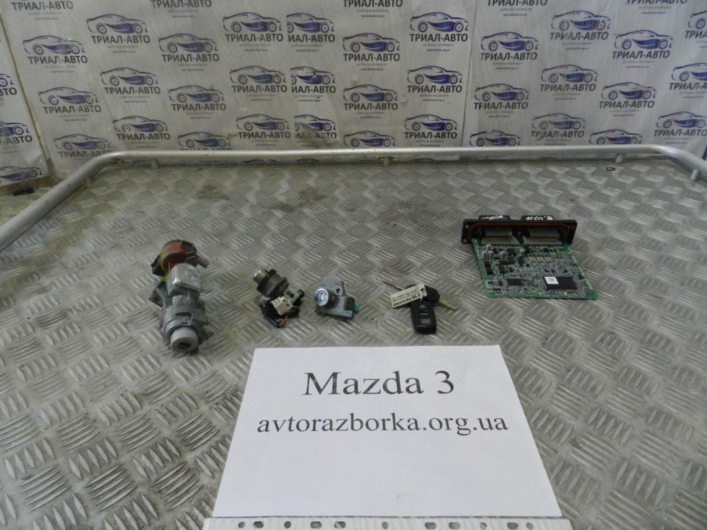 Блок управления двигателем Mazda 3 2003-2009