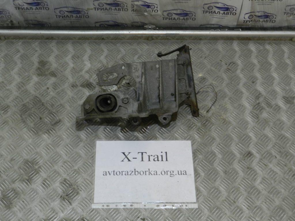 подушка ДВС правая X-Trail 2007-2013