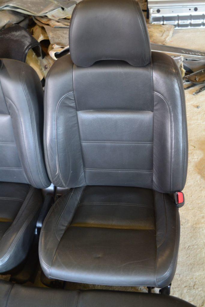 Кожаный салон Subaru Forester