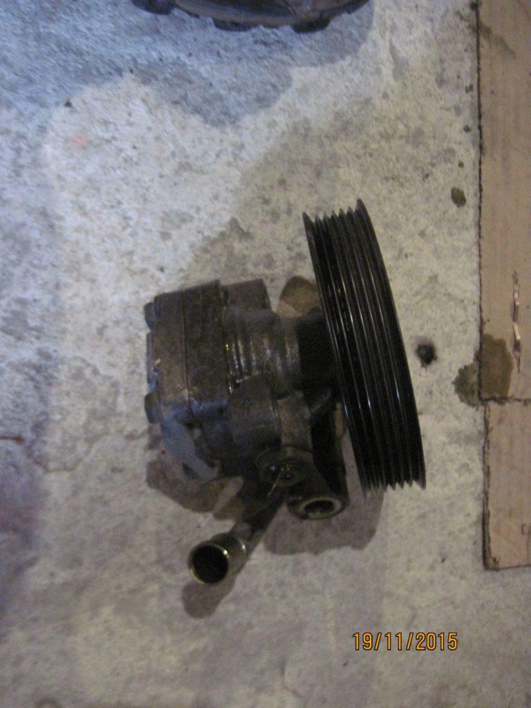 насос гидроусилителя Mazda 3 2003-2009