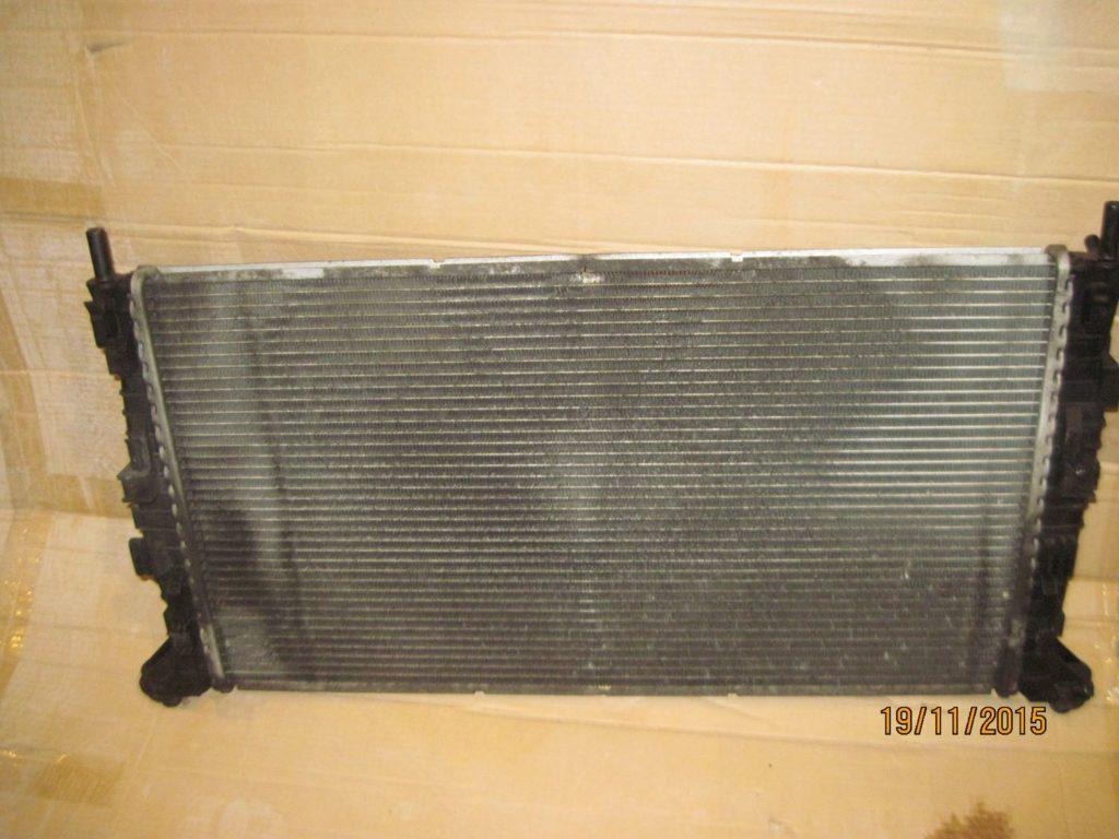 радиатор охлаждения Mazda 3 2003-2009