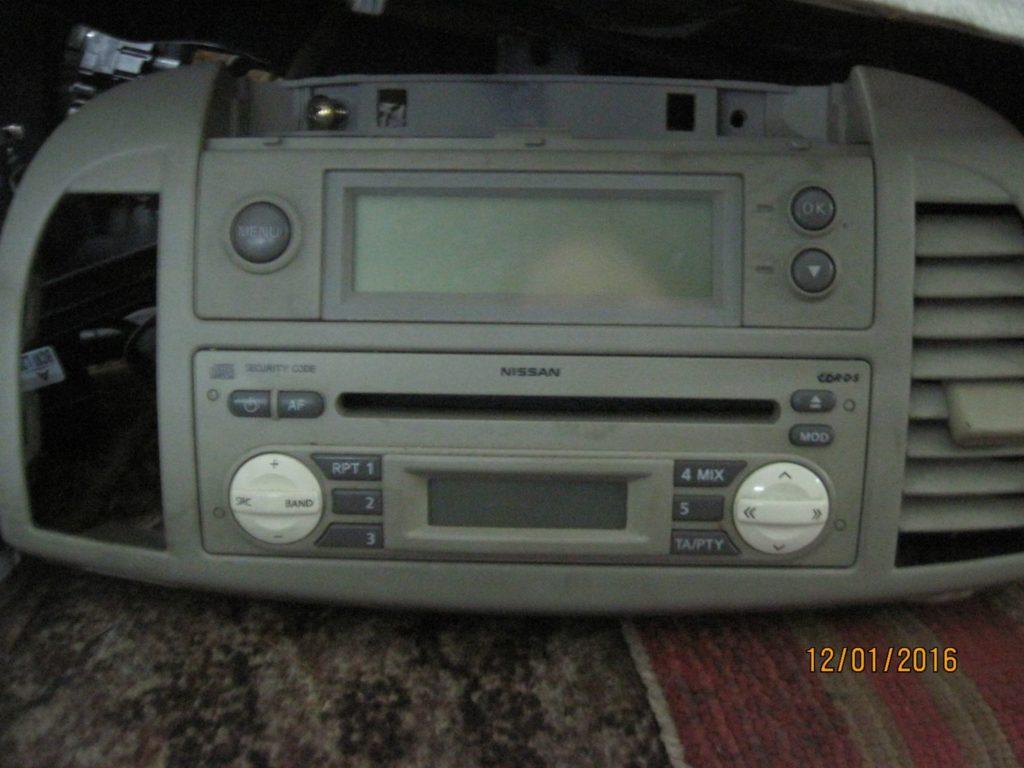 магнитофон штатный Micra 2003-2010