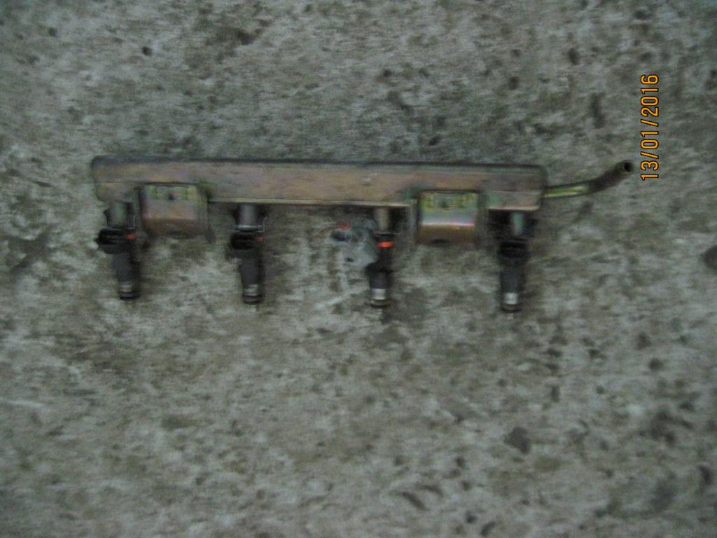 топливная рампа Micra 2003-2010