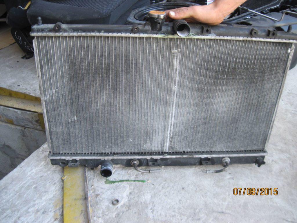 радиатор охлаждения Lancer 9 2003-2008