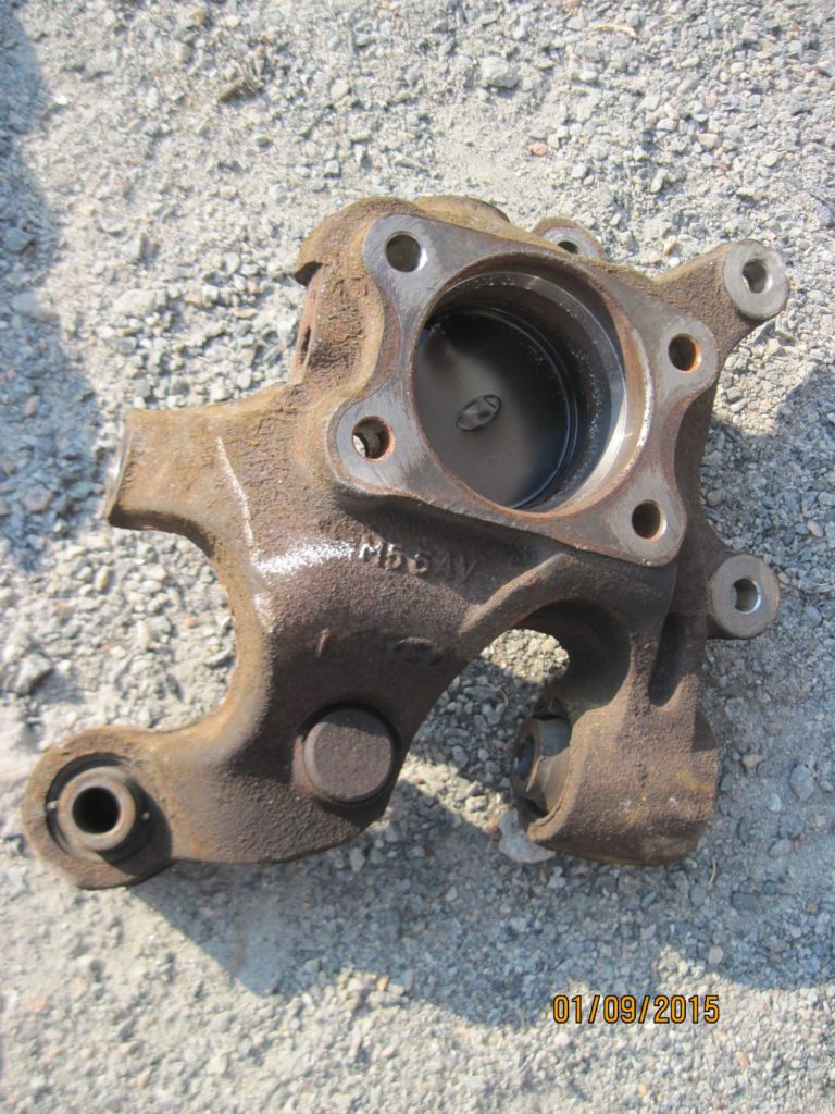 цапфа задняя правая без ступица Sonata 2004-2009