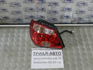 Фонарь левый на Mitsubishi Outlander 1 2003-2006 г.в.