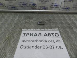 Повторитель поворотника левый на Mitsubishi Outlander 1 2003-2006 г.в.