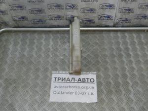 Бачок радиатора на Mitsubishi Outlander 1 2003-2006 г.в.