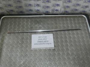 Молдинг стекла задний правый на BMW F10-F11