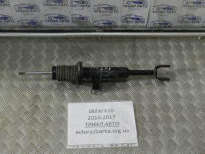 Амортизатор передний левый на BMW F10-F11