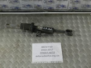 Амортизатор передний правый на BMW F10-F11