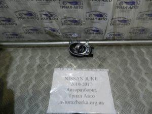 Ручка двери внутренняя передняя правая на Juke 2010-2017 г.в.