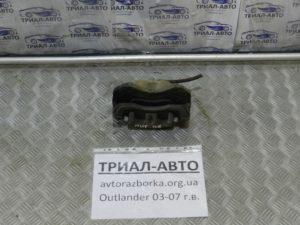 суппорт передний правый Outlander 2003-2007