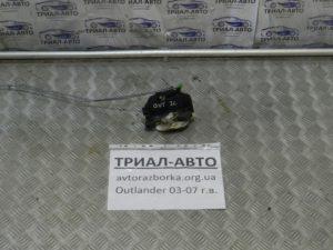 замок двери задний левый Outlander 2003-2007