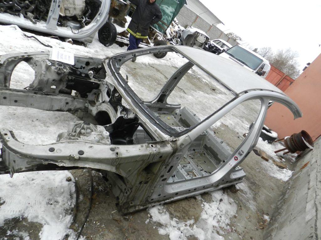 четверть передняя левая BMW F10