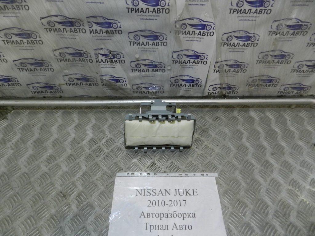 подушка в торпеду без накладки Juke 2010-2017
