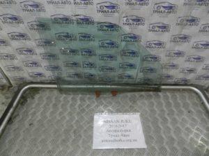 стекло боковое переднее правое Juke 2010-2017