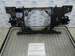 Передняя панель на Megane 3 2008-2015