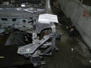 Четверть передняя левая на Megane 3 2008-2015