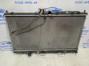 Радиатор охлаждения Lancer 9  на Lancer 9 2003-2007