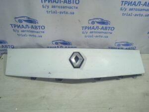Решетка радиатора 7701210129  на Kangoo 2008-2019